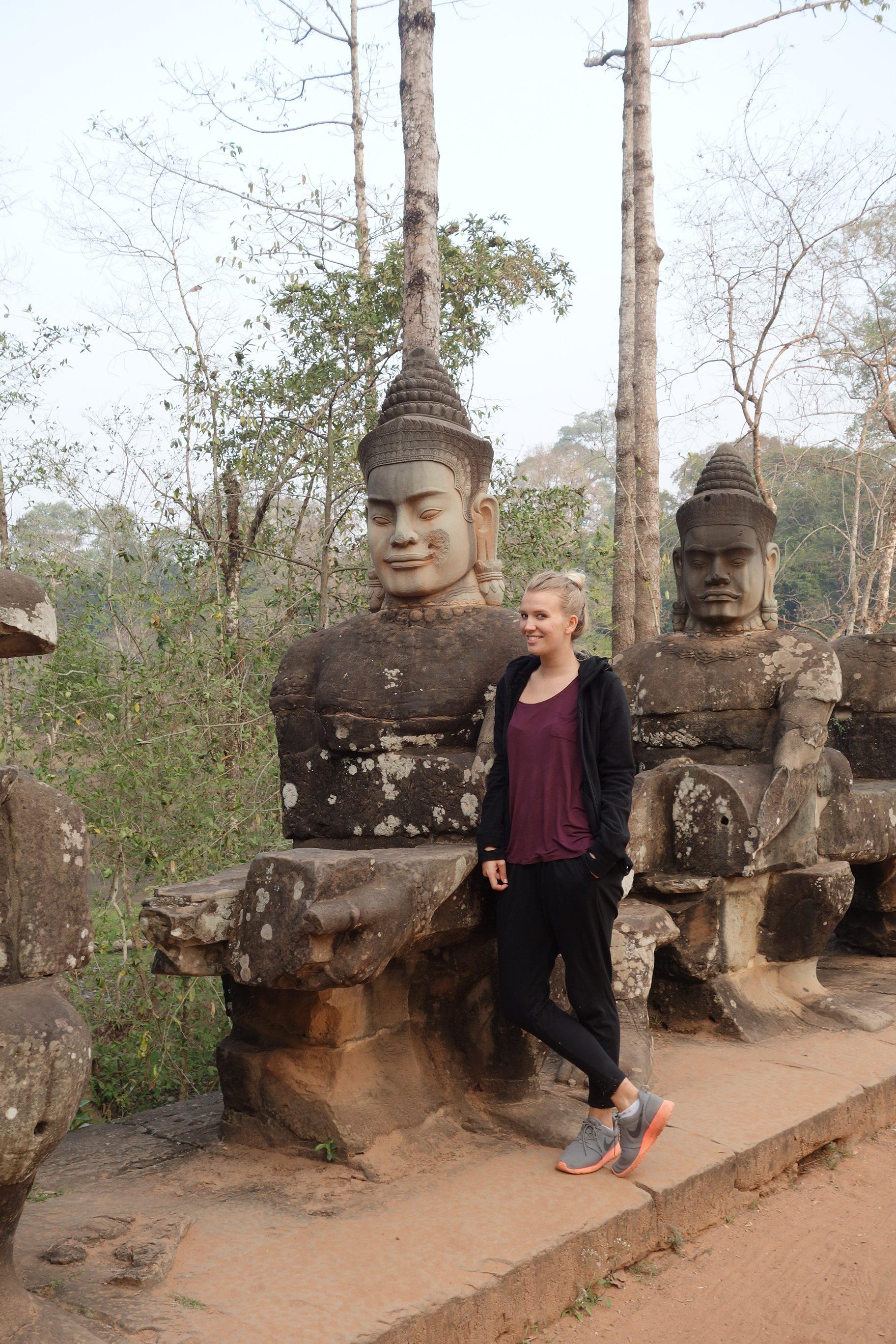 Sculptures Ankor Wat